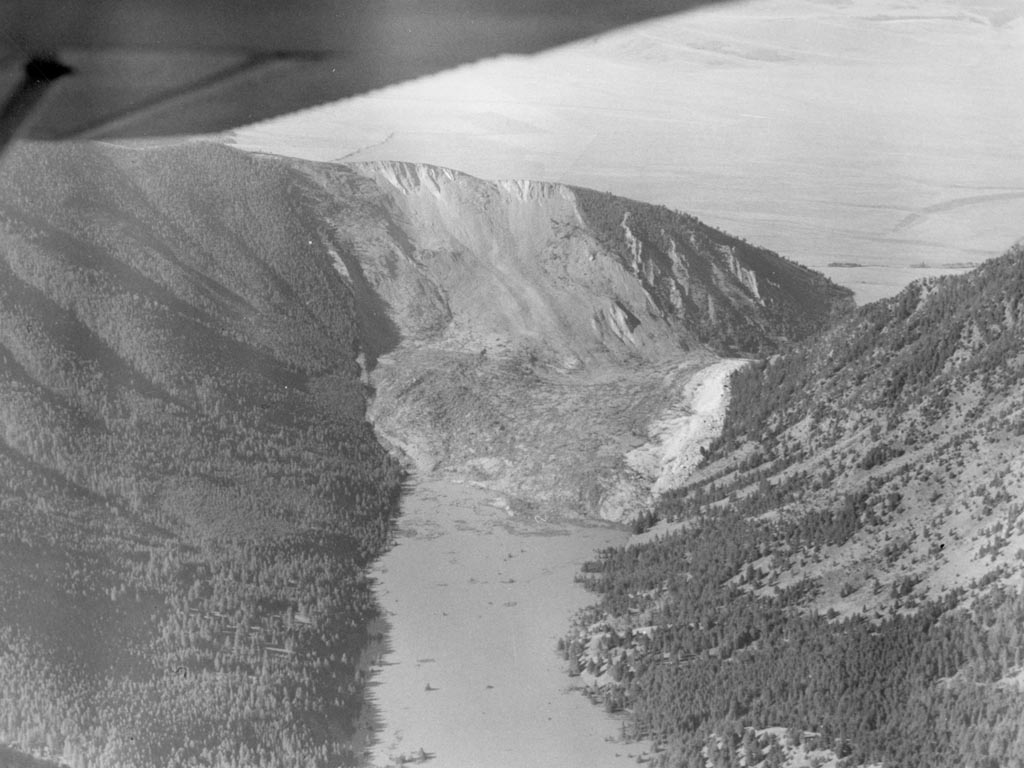 Earthquake slide aerial view from a plane. Note the plane's wing in the top left.